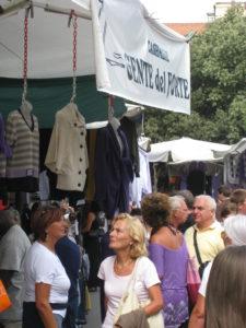 Forte dei Marmi Markt: Toskana im September