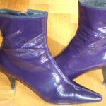 Lila Prada Stiefletten aus dem Outlet Serravalle im Piemont