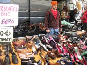 Forte Dei Marmi Markt Schuhe von Prada, Paciotti, Gucci, Tods u.v.a.