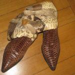 Schlagenleder Stiefel aus dem Salvagente Outlet Mailand für unglaubliche 80 Euro