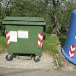 getrennte Muelltonnen in der Toskana pro Wohngebiet