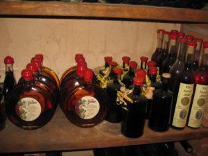 selbstgemachter Vin Santo von Stefano aus der Pizzeria La Grotta Toskana