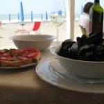 Italien und die hervorragende Kueche und Weine plus wunderschoene Straende fast wie im Paradies