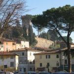 Sonnenschein in Vicopisano Toskana im Dezember zur Weihnachtszeit