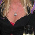 italienischer Brauch rote Dessous in der Silvesternacht sollen Glueck bringen