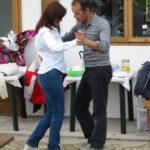 Salsa Tanzen im Piemont nach dem Grillfest am Ostermontag und genuegend Magnum Barolo