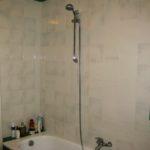 neue Kacheln im Badezimmer in Vicopisano Toskana