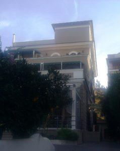 Hotel Villa Pirandello in Rom: morgens vom Vogelgezwitscher aufwachen